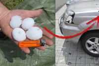 Bouřky lámaly stromy, kroupy poničily auta. V jižních Čechách jsou lidé bez elektřiny