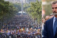 """Proti teroru vyrazil demonstrovat i král: """"Nemám strach,"""" hřímá Barcelona"""
