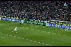 Parodie na nepovedenou penaltu Sergio Ramose v zápase proti Bayernu Mnichov