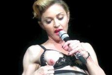 Madonna odhalila na koncertu prso