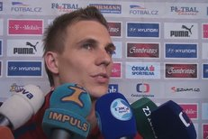 Bořek Dočkal mluví na tiskové konferenci o pozvání do reprezentace.