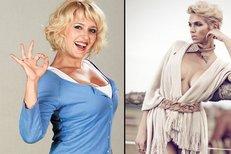 Cítí se blondýnky s naditým hrudníkem jako sexsymbol nebo ne?