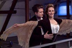 Monika Absolonová a Ondřej Brzobohatý v nejslavnější scéně z Titanicu