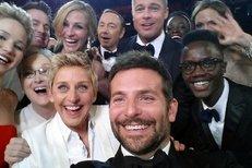 Pitt, Streep a spol: Jak vzniklo slavné oscarové selfie?