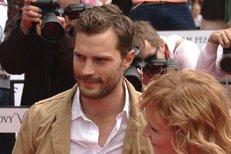 Pan Grey vás teď přijme: Sexy Jamie Dornan přijel do Varů!