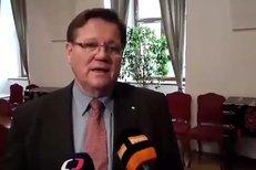 Zdeněk Škromach od náhradách pro Davida Ratha