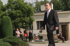 Dušan Klein na pohřbu Adolfa Borna (†85): Doufám, že mi nahoře drží místo!