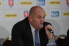 Český fotbal podepsal největší sponzorskou smlouvu v historii - dostane stovky milionů