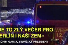 Stejně jako v Nice: Nákladní auto v Berlíně vjelo do davu a zabíjelo