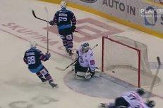 Liberec - Chomutov: Krásný gól! Růžička se parádně uvolnil a otevřel skóre, 0:1