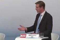 Martin Kupka (ODS) dostal otázky na tělo: Jezdí raději na kole nebo v autě?