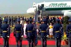 VIDEO: Papež Benedikt XVI. v sobotu před polednem zahájil třídenní návštěvu v České republice