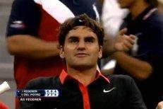 Naštvaný Roger Federer ve finále US Open 2009