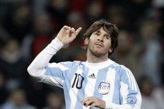 Argentinci porazili Portugalsko 2:1 - Messi jeden gól zařídil a druhý přidal z penalty, jeden gól Cristiana Ronalda nestačil
