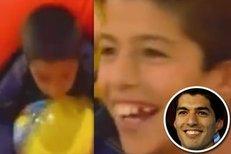 Nejlepší hráč Copy América Luis Suárez v uruuayské obdobě televizní dětské soutěže Hip-Hap-Hop