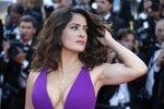 Sexy protest Salmy Hayek: Proč ženy berou víc jen v pornu?!