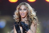 Nahé fotky těhotné zpěvačky Beyoncé: Zbouraly internet!