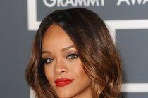 Rihanna má nový objev: Vášeň v bazénu!