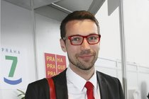 Hvězda Ordinace Lukáš Hejlík: Podvádí svou snoubenku?!