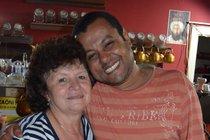 Abi se svou kamarádkou Marií, které říká česká máma.