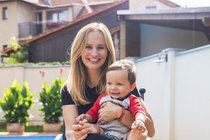 Monika s milovaným synem Tadeášem. O jeho alergii rodiče dlouhou dobu nevěděli a tím, co dělali, mu ještě přitížili...
