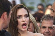 Chorobná žárlivost Jolie! Je tohle pravý důvod rozvodu s Pittem?
