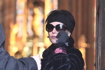Foto z pohřbu: Postlerová se rozloučila s manželem!