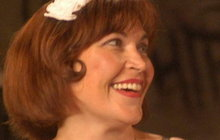 Zemřela temperamentní herečka ze seriálu Ordinace! Kolegové v slzách!