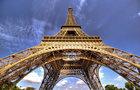 Takhle rostla Eiffelovka!