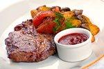 Omáčky ke grilovanému masu: Pravá tatarka i oblíbená barbecue