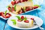 Jahodové pokušení: Nadýchaná roláda, nepečený dort nebo pohár s mascarpone!