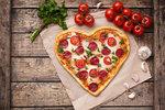 Pizza jako z restaurace: Se sýrem a rukolou, bramborová nebo se šunkou!