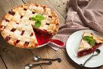 Rebarborové dobroty: Křehký koláč, kokosový crumble nebo sirup!