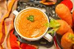Mrkvová polévka s rýží