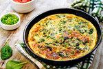 Nové brambory chutnají skvěle, s v omeletě dvojnásob.