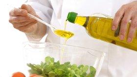 Pozor! Panenské oleje jsou sice zdravé, ale nejsou příliš tepelně stabilní – při zahřátí se totiž jejich výborné vlastnosti ničí.