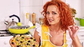 Pizzu rozhodně neohřívejte v mikrovlnné troubě.