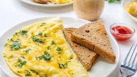 Naučte se připravovat francouzskou omeletu jako opravdový mistr