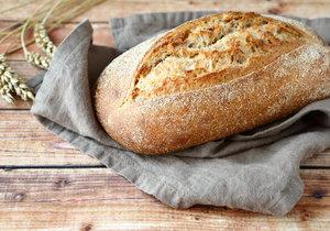 Jak jednou ochutnáte domácí chléb, už nikdy nebudete chtít jiný.