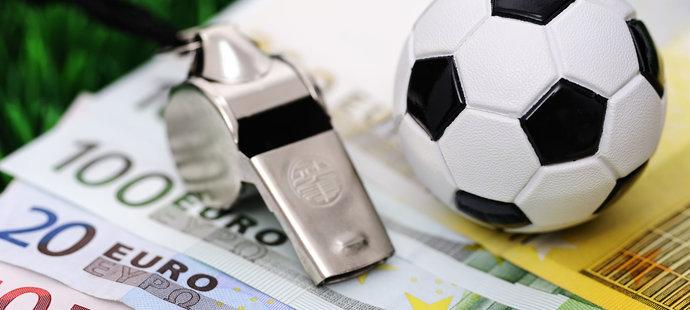 Disciplinární komise Fotbalové asociace ČR potrestala bývalého prvoligového hráče Daniela Kaplana za účast v sázkařské aféře z roku 2013 pětiletým zákazem činnosti a pokutou 50 tisíc korun.