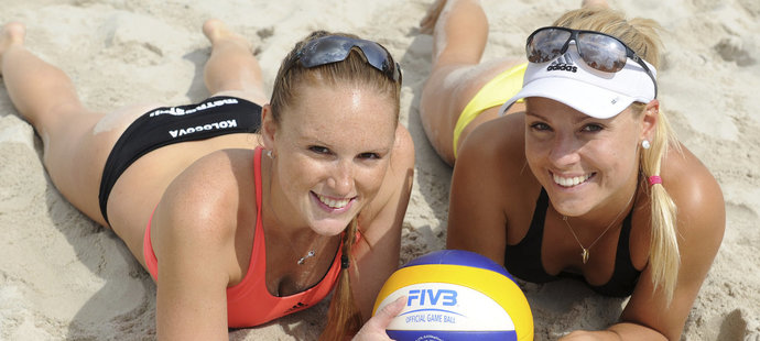 Kristýna Kolocová (vlevo) a Markéta Sluková si užívají skvělou sezonu