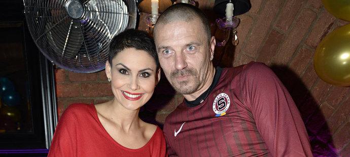 Tomáš Řepka na oslavě se svojí ženou Vlaďkou Erbovou