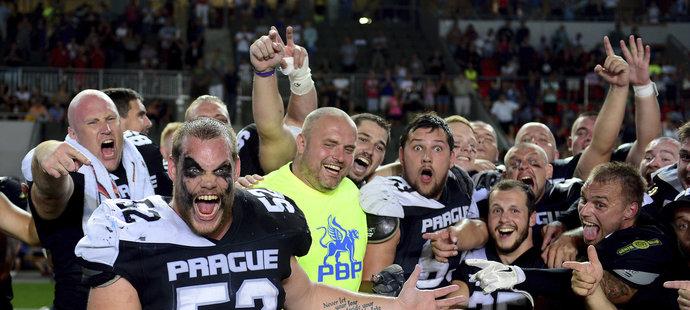 Radost hráčů Panthers ze třetího titulu v řadě byla obrovská