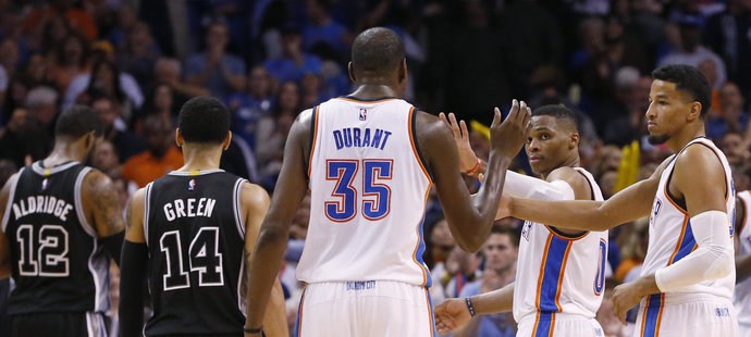 Durant pro začátek zaznamenal 22 bodů.