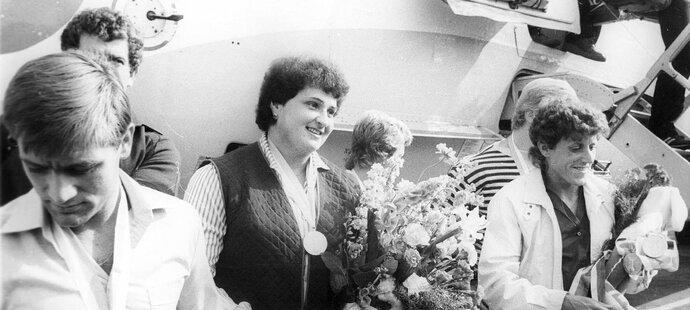 Medailisté z MS v Helsinkách 1983: Jozef Pribilinec, Helena Fibingerová a Jarmila Kratochvílová