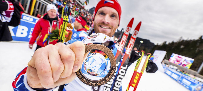 Michal Šlesingr se chlubí bronzovou medailí ze stíhačky v Ruhpoldingu. První mužskou v této sezoně.