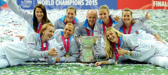 Rána pro Prahu! Finále Davis Cupu i Fed Cupu bude napevno v Ženevě