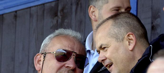 Lubomír Puček (vpravo) jako manažer Slavie s Františkem Chvalovským v Blšanech