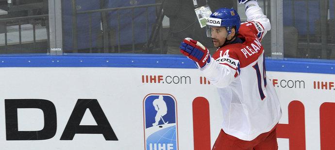 Kapitán národního týmu Tomáš Plekanec vstřelil Dánům ve druhé třetině svou pátu branku na MS