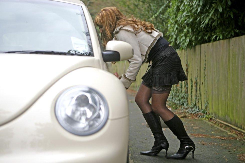 http://img.blesk.cz/img/2/full/1406776-img-prostitutka-letita-prostitutka-chomutov.jpg